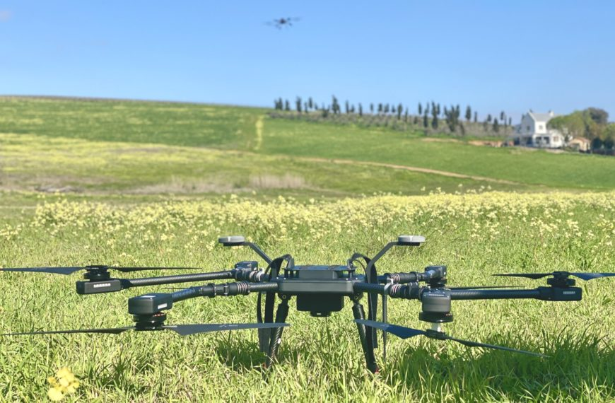 AIRBORNE DRONES REPORTS ON: WHY 2015 IS THE YEAR AGRICULTURE DRONES TAKE OFF
